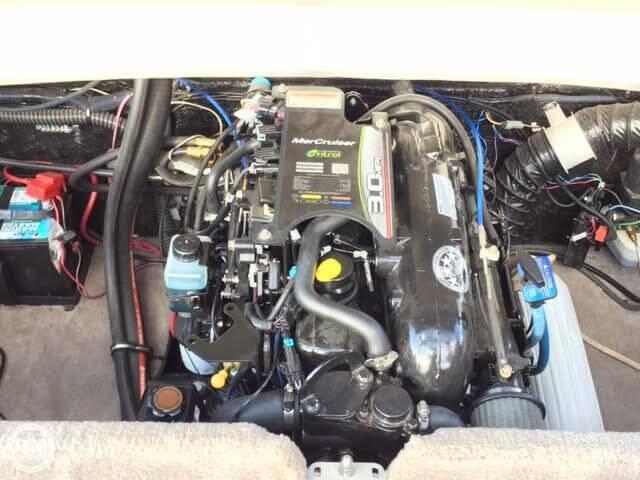 2012 Stingray 195 RX - Photo #9