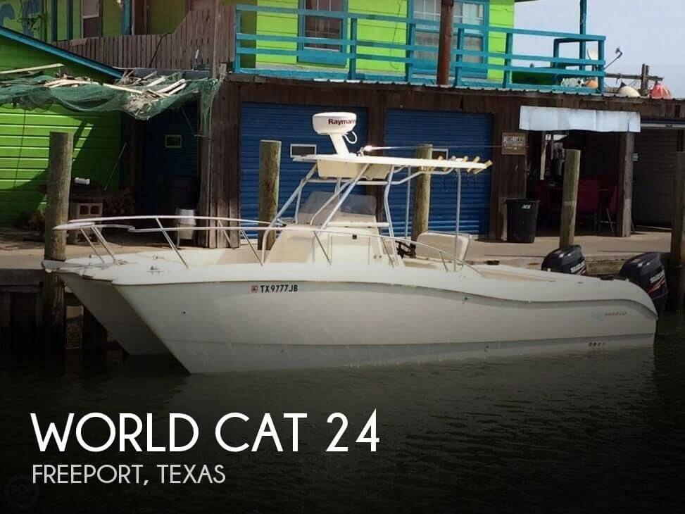 24 Foot World Cat 24 24 Foot World Cat Motor Boat In