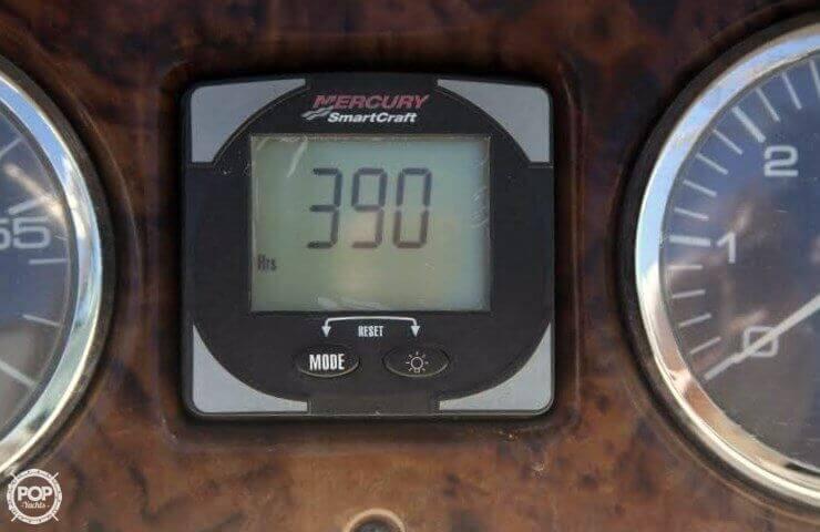 2003 Sea Ray 240 Sundeck - Photo #5