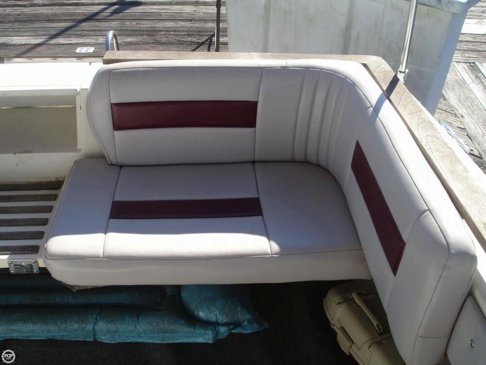 1988 Cruisers 2970 Espirit - Photo #18