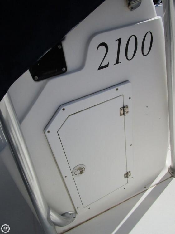2000 Angler 2100 CC - Photo #10