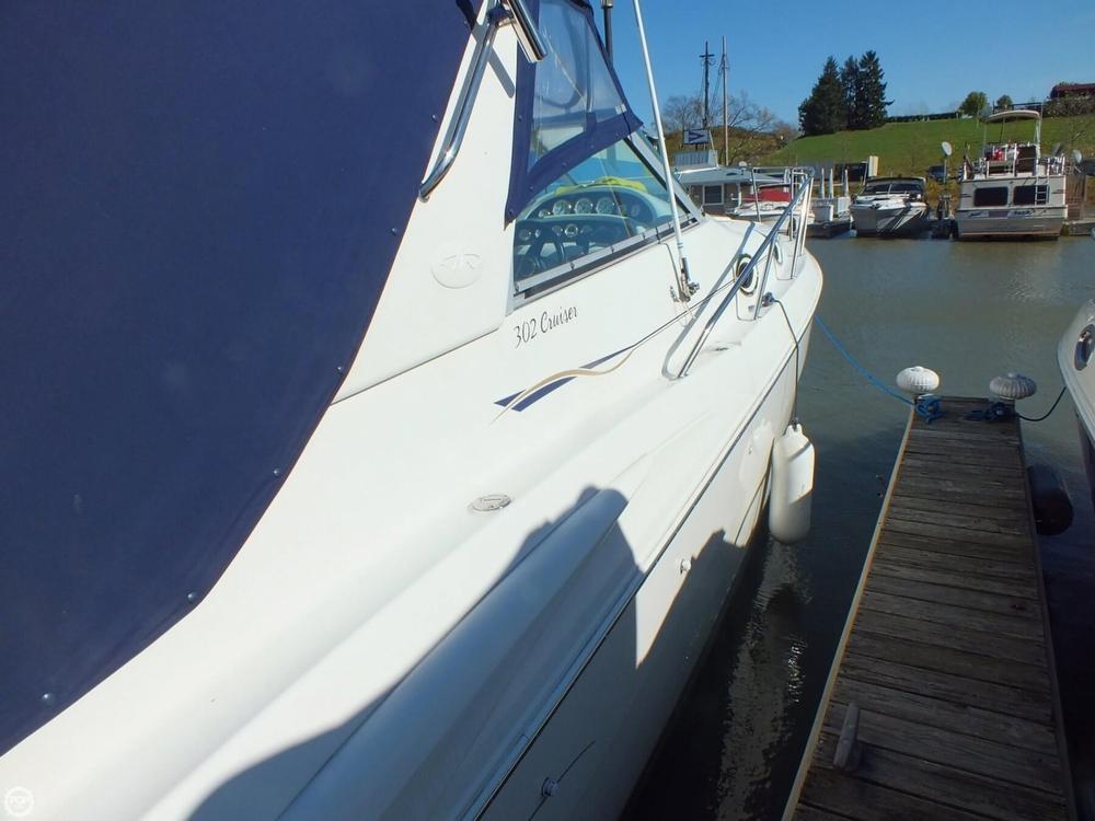 2000 Monterey 302 Cruiser - Photo #9