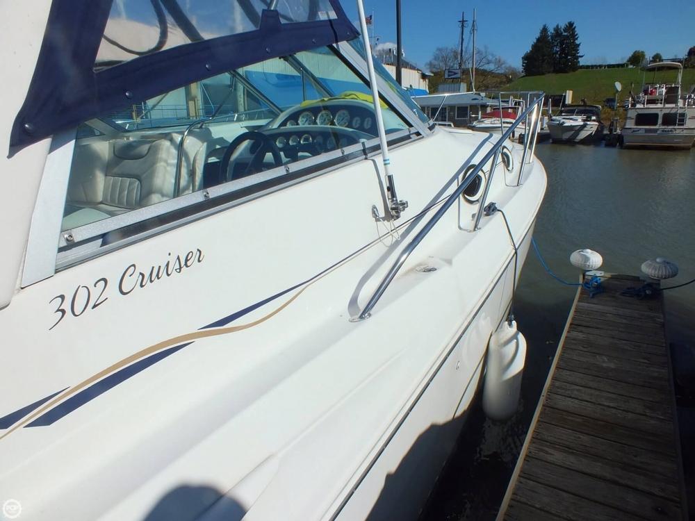 2000 Monterey 302 Cruiser - Photo #10