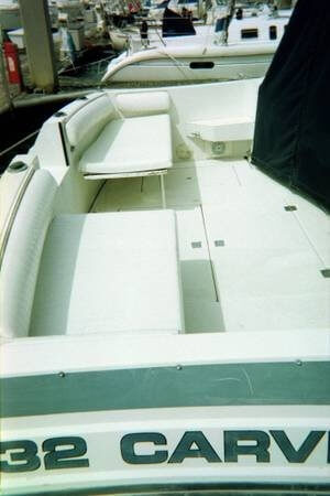 1987 Carver Montego 32 - Photo #14