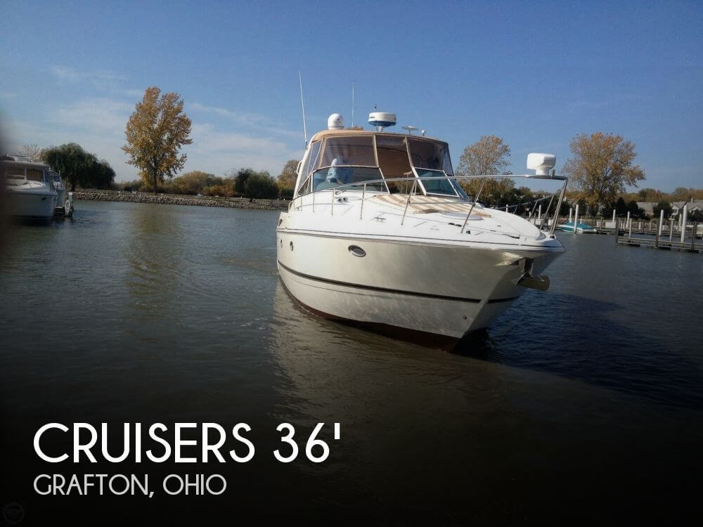 Used Power boats For Sale in Ohio by owner | 2001 Cruisers Yachts 36