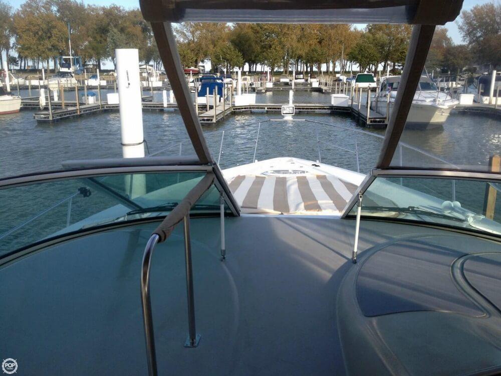 2001 Cruisers Yachts 36 - image 22