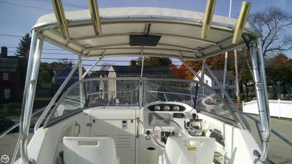 2002 Boston Whaler 255 Conquest - Photo #4
