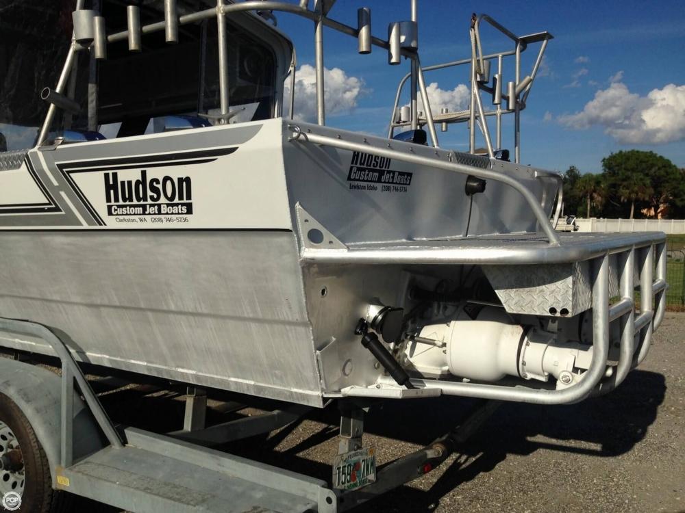 1995 Hudson Custom 27 Jet Boat - Photo #15