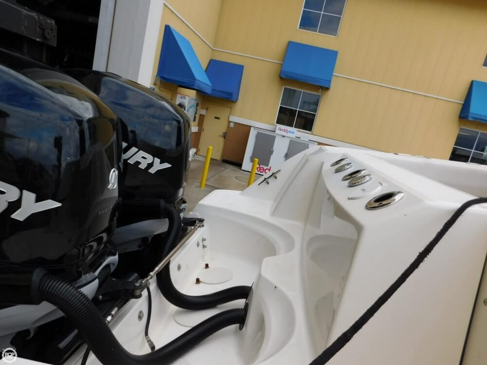 2010 Boston Whaler 250 Outrage - Photo #13