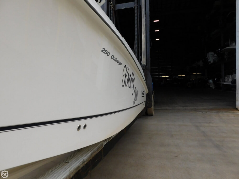 2010 Boston Whaler 250 Outrage - Photo #18