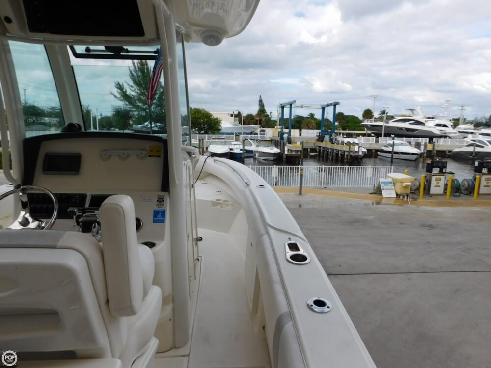 2010 Boston Whaler 250 Outrage - Photo #28