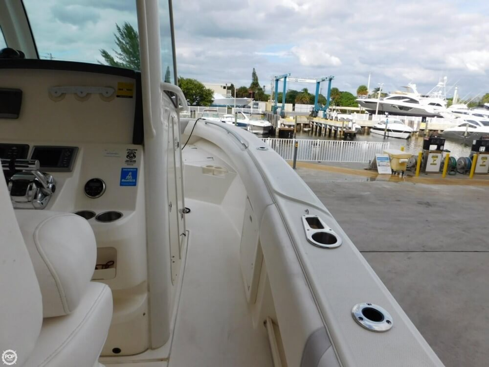 2010 Boston Whaler 250 Outrage - Photo #34