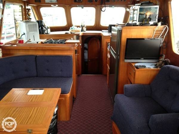 1983 PT Europa Sedan Trawler 38 - Photo #9