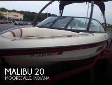 2002 Malibu 20 - Photo #1