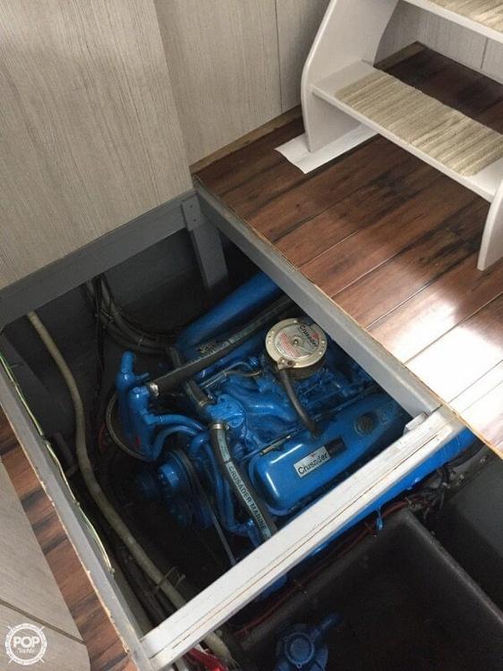 1988 Silverton 37 Motor Yacht - Photo #3