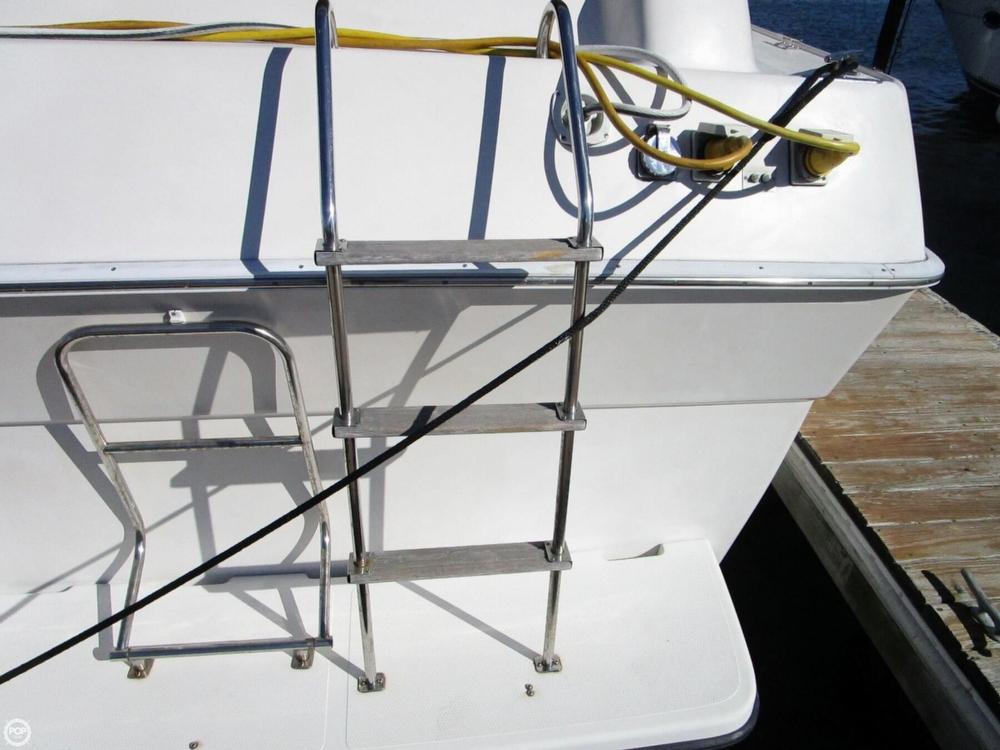 1988 Silverton 37 Motor Yacht - Photo #37