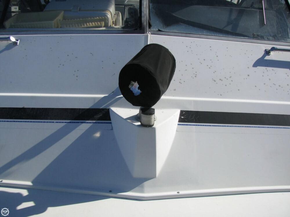 1983 Carver 3396 Mariner Sedan - Photo #26