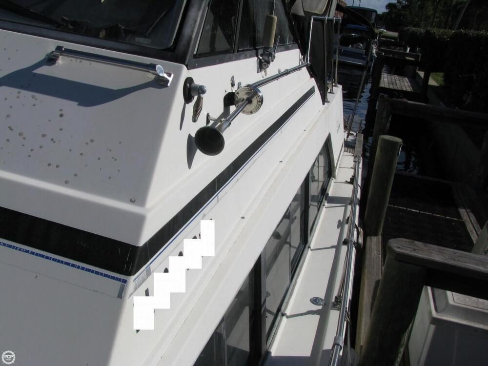 1983 Carver 3396 Mariner Sedan - Photo #30