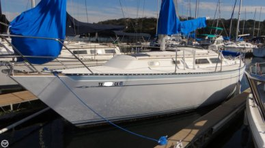 Islander MKII, 32', for sale - $24,700