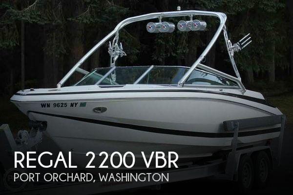 2007 Regal boat for sale, model of the boat is 2200 VBR & Image # 1 of 37