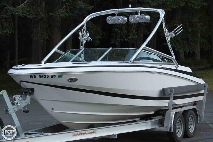 2007 Regal boat for sale, model of the boat is 2200 VBR & Image # 2 of 37