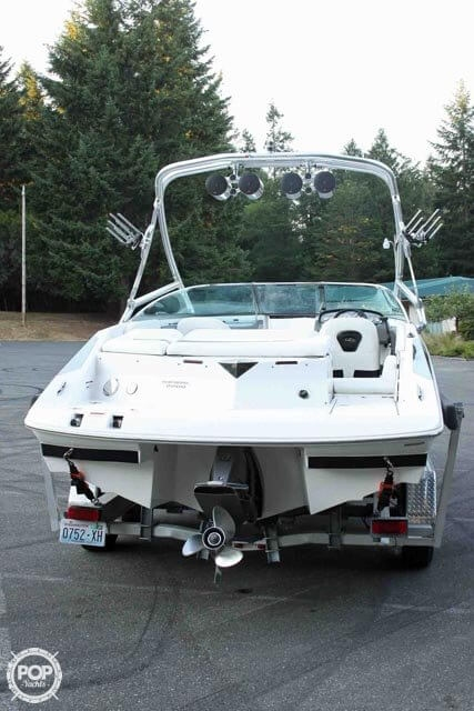 2007 Regal boat for sale, model of the boat is 2200 VBR & Image # 6 of 37