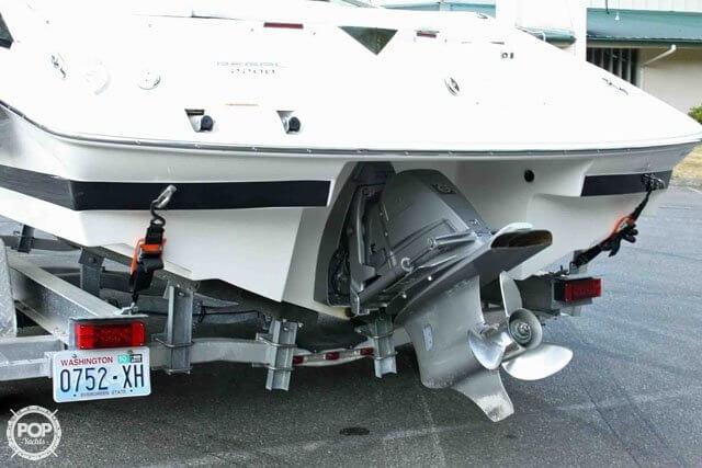 2007 Regal boat for sale, model of the boat is 2200 VBR & Image # 7 of 37