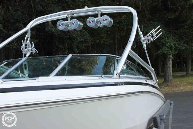 2007 Regal boat for sale, model of the boat is 2200 VBR & Image # 10 of 37