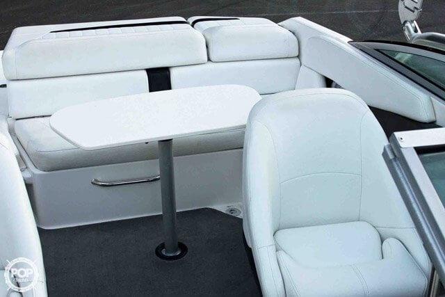 2007 Regal boat for sale, model of the boat is 2200 VBR & Image # 12 of 37