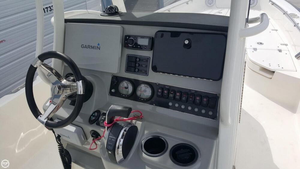 2014 Boston Whaler 240 Dauntless - Photo #27