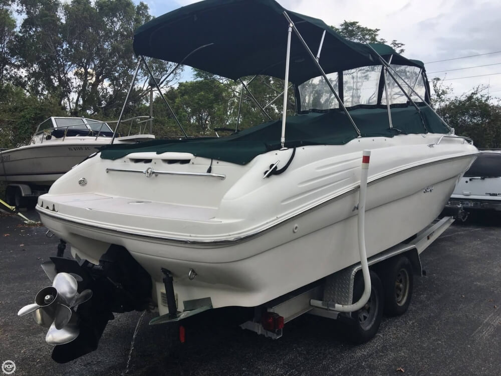 2001 Sea Ray boat for sale, model of the boat is 260 Signature & Image # 12 of 40