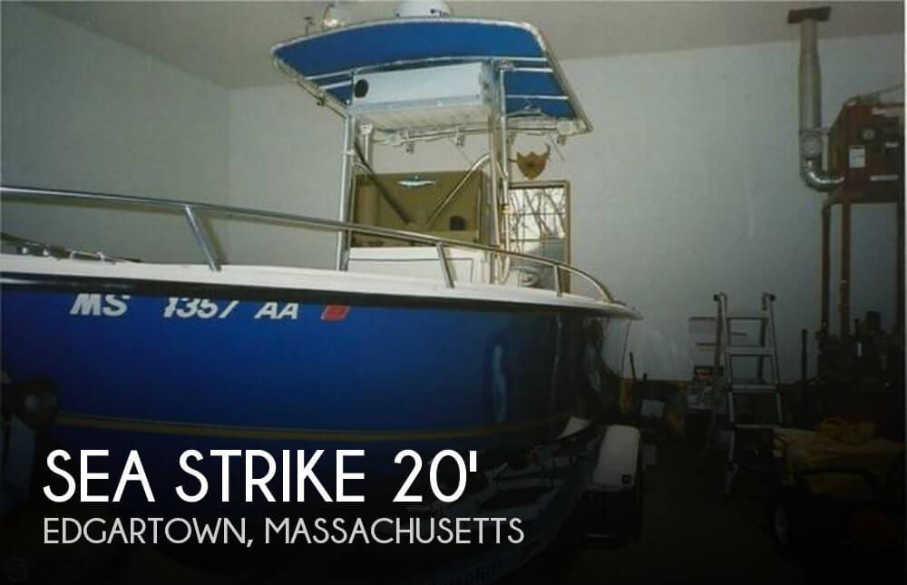2000 Sea Strike 205 Center Console - Photo #1
