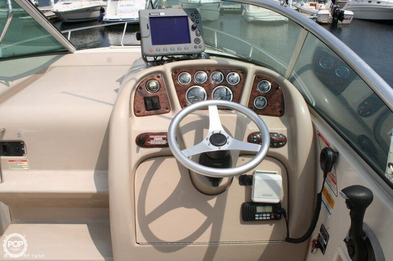 2003 Sea Ray 240 Sundancer - Photo #5