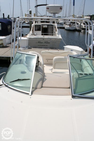 2003 Sea Ray 240 Sundancer - Photo #11