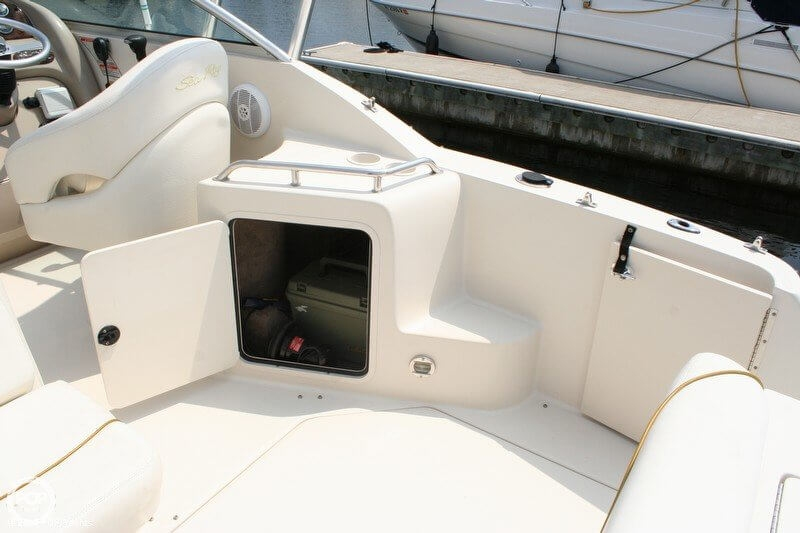 2003 Sea Ray 240 Sundancer - Photo #15