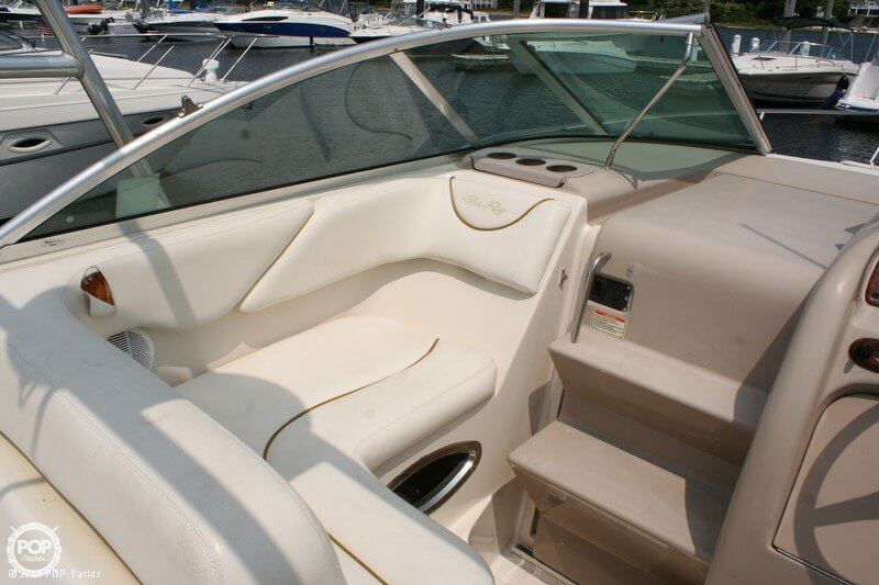 2003 Sea Ray 240 Sundancer - Photo #19