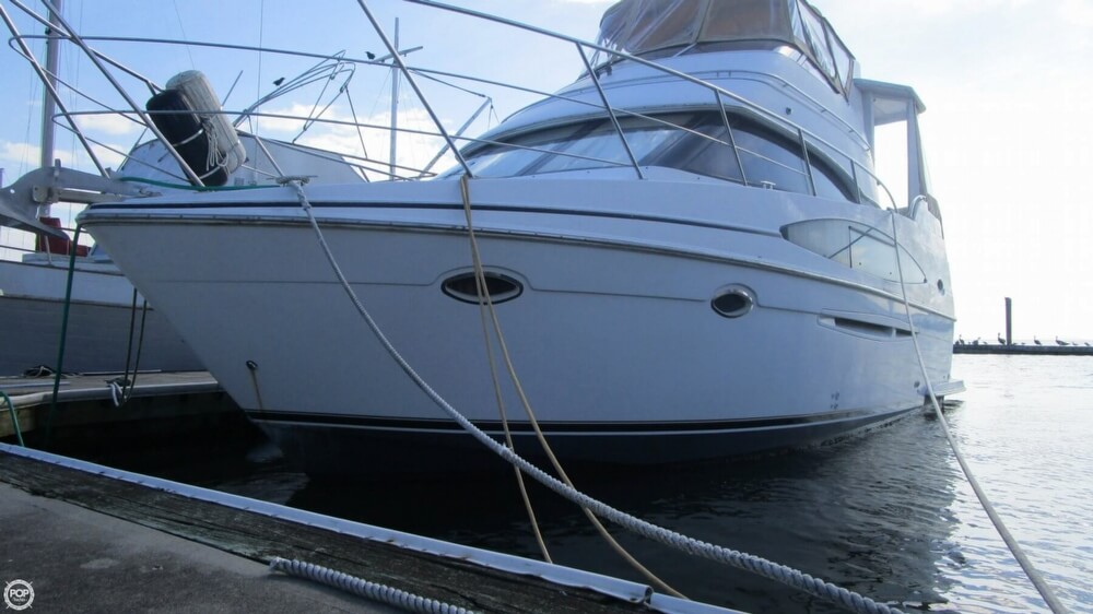 2003 Carver 366 Motoryacht - Photo #9