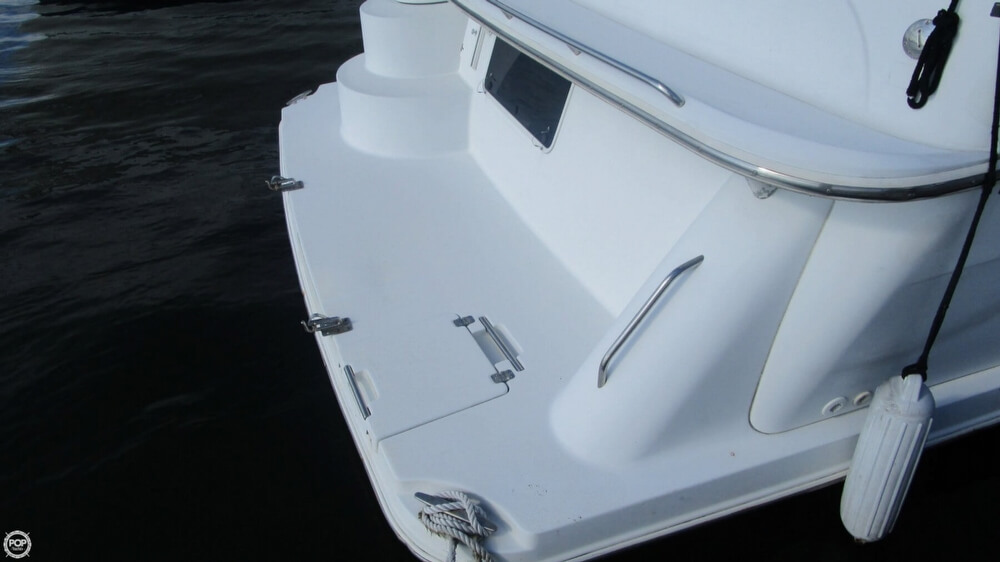 2003 Carver 366 Motoryacht - Photo #14