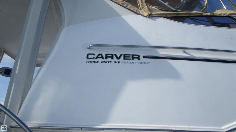 2003 Carver 366 Motoryacht - Photo #16