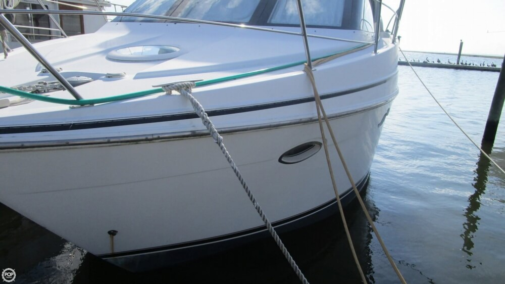2003 Carver 366 Motoryacht - Photo #19