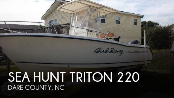 2005 Sea Hunt Triton 220 - Photo #1