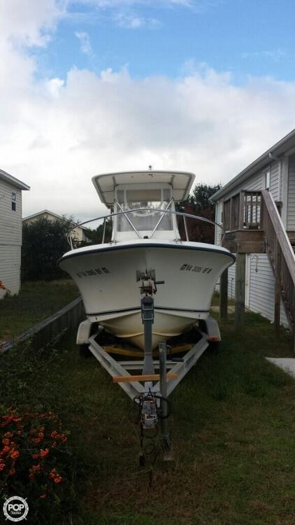 2005 Sea Hunt Triton 220 - Photo #11