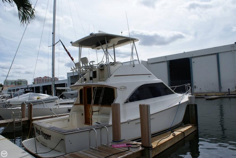 1991 Ocean Yachts 35 - Photo #9