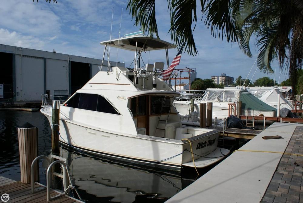 1991 Ocean Yachts 35 - Photo #11