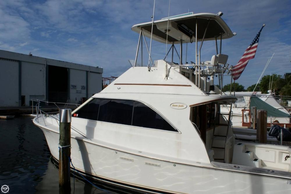 1991 Ocean Yachts 35 - Photo #12