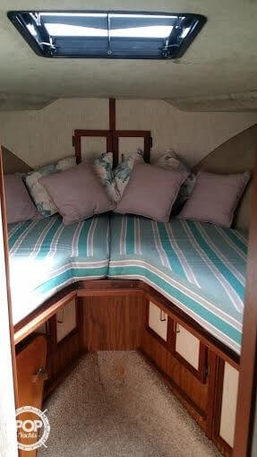 1983 Carver 3207 Aft Cabin - Photo #5