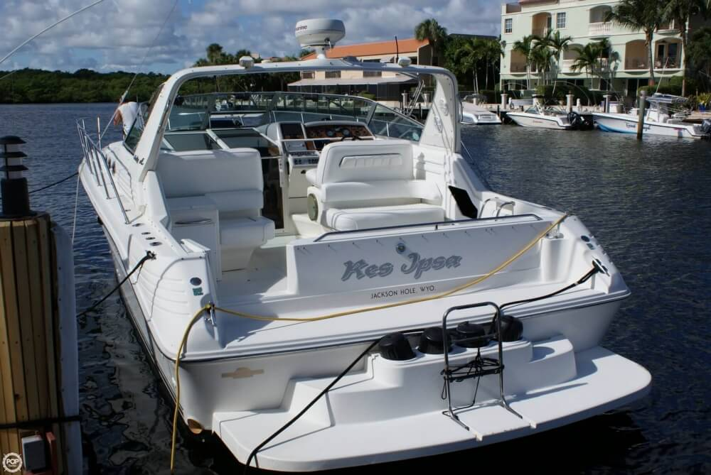1994 Sea Ray 400 Express Cruiser - Photo #4