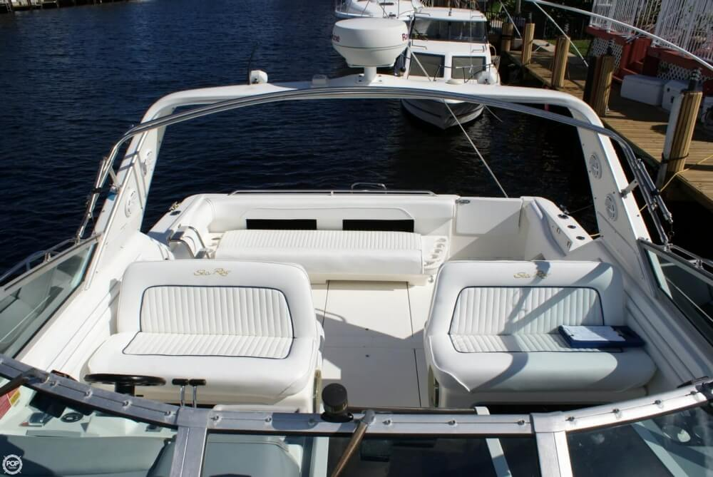 1994 Sea Ray 400 Express Cruiser - Photo #2
