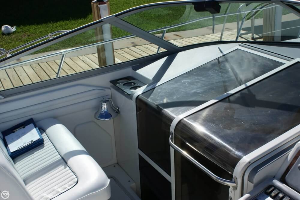 1994 Sea Ray 400 Express Cruiser - Photo #27