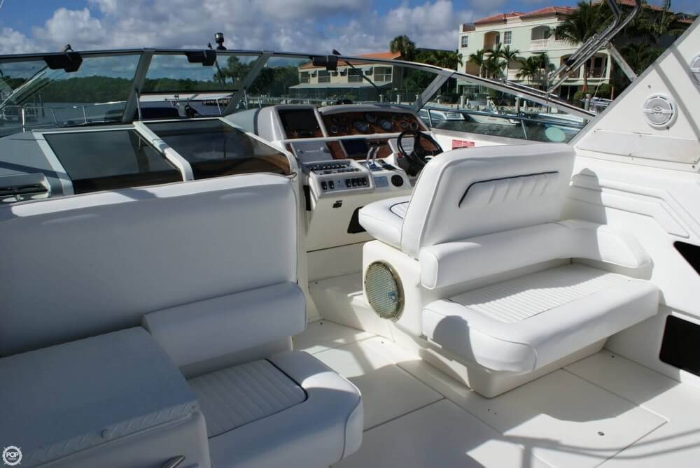1994 Sea Ray 400 Express Cruiser - Photo #31